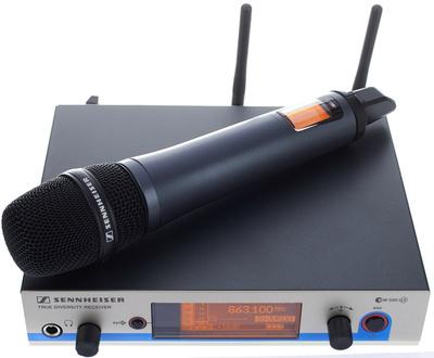 Wireless microphone hire